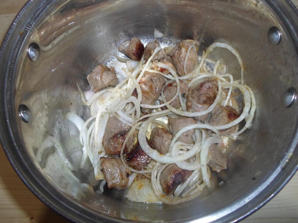 Плов из говядины в кастрюле пошаговый рецепт с фото