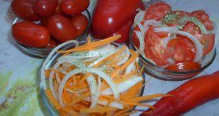 Salat-k-plovu-iz-pomidorov-i-luka