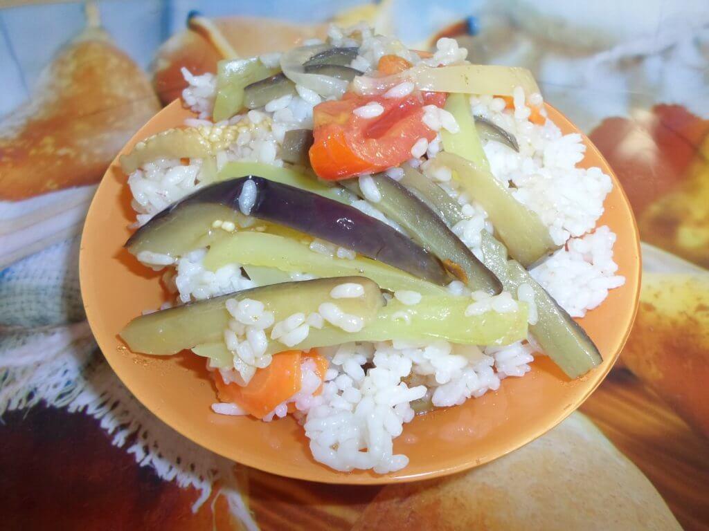 вегетарианский плов с овощами