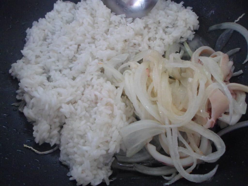 Плов с кальмарами-рецепт с фото