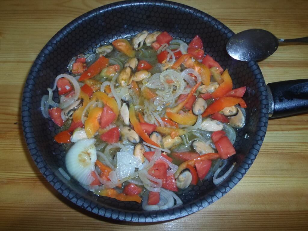 Плов без мяса-рецепт приготовления с фото